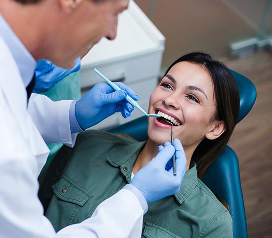 Преимущества отбеливания зубов